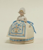 A Little Dutch Pincushion Doll from Giulia Punti Antichi / GPA Designs