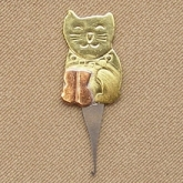 Kitty Micro Needle Threader from Puffin & Company