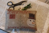 December 25th Merry Christmas Pinkeep from Stacy Nash Primitives ~ 1 only!