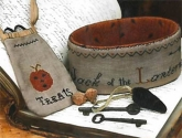 Jack Of The Lantern Sewing Basket & Treat Bag by Stacy Nash Primitives