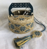 Blue Quaker Sewing Basket/Scissor Fob & Wooden Handle from Mani di Donna